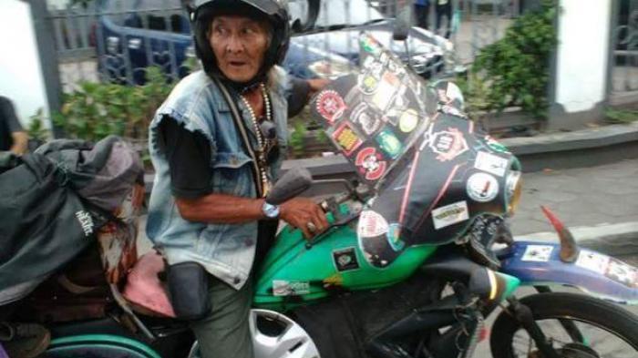 Masak Kalah? Sudah Usia 70, Eyang Gaul Naik Vespa dari Kalimantan Sampai Jawa