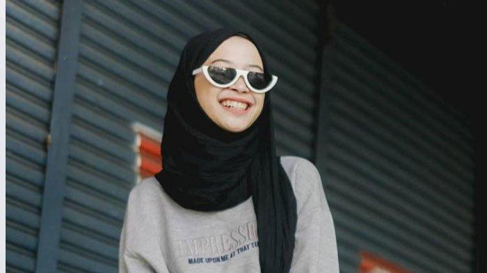 Makna Hijab Bagi Fadiyah Isnawati, Mahasiswi Poltekkes RS Dr Soepraoen, Kota Malang
