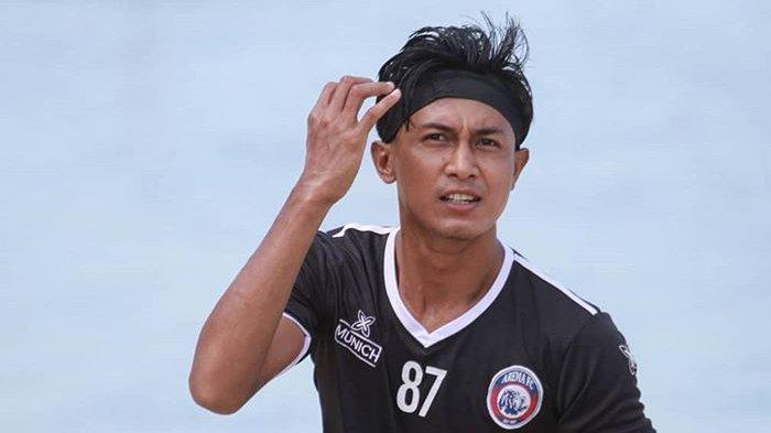 Alfarizi Ikut Lelang Jersey Arema FC, Hasilnya untuk Pelatih di Indonesia yang Terdampak Corona