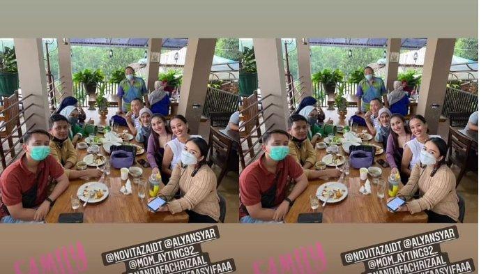 Fasiltas ruang makan di villa yang ditempati Ayu Ting Ting