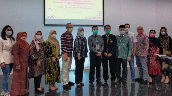 FEB UB Gandeng Bank Sinarmas Unit Usaha Syariah untuk Program Magang Mahasiswa UB 6 Bulan
