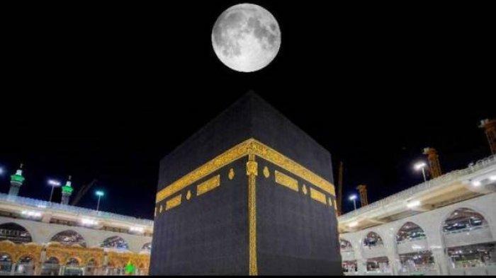 Fenomena Langka! Malam Ini Bulan Purnama Sejajar dengan Ka'bah dan Masjidil Haram Kota Makkah