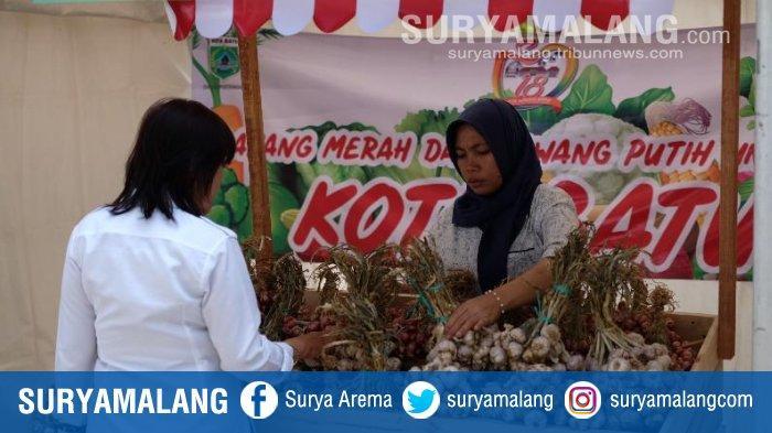 Pemkot Batu Buka Pasar Murah di Balai Kota Among Tani