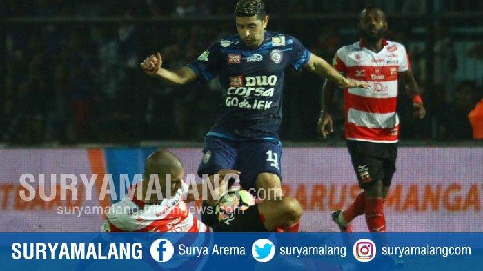 Babak Kedua Arema Vs Madura United - Skor Sementara 0-1, Pertandingan Masih Berlangsung