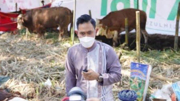 Bukan Hanya di Malang, Presiden Arema FC Salurkan Puluhan Hewan Kurban J99 Corp ke Warga di 6 Kota