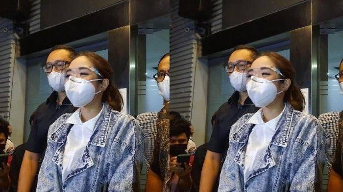 Gisella Anastasia setelah menjalani pemeriksaan di Polda Metro Jaya, Jumat 8 Januari 2020