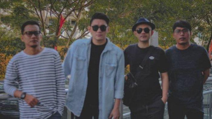 Grup Band Seventeen Diterjang Tsunami di Banten saat Membawakan Lagu Kedua