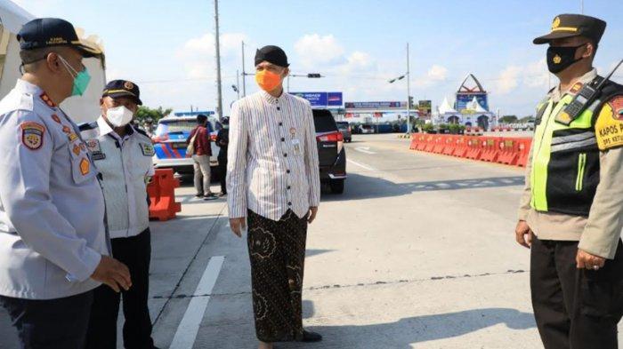 Ganjar Pranowo Temui Rombongan Pengantin Tujuan Ngawi Pelanggar Prokes: 'Tolong Dites Semua Pak'