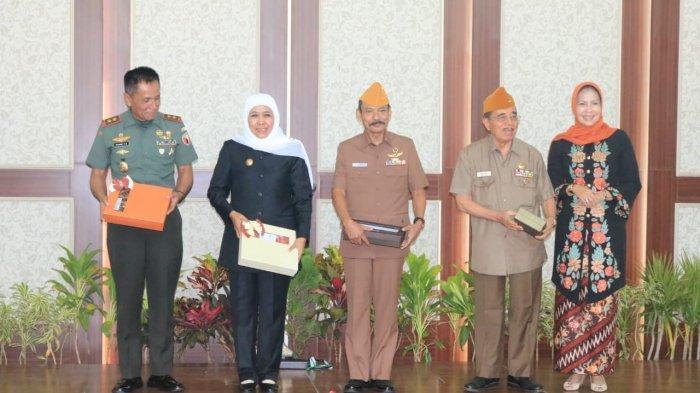Gubernur Jatim, Khofifah: Lebih dari 20 Persen Pemuda Indonesia Ingin Mengganti Pancasila