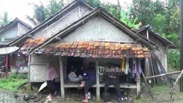Penampakan tempat tinggal Siti Nuraida.