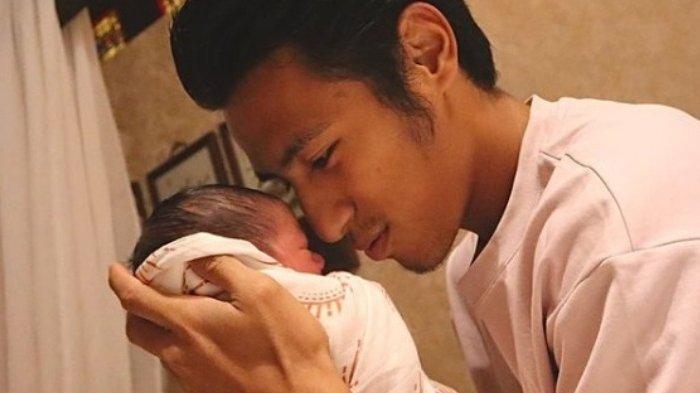 Selain untuk Arema FC dan Warga Malang, Gol Hanif Sjahbandi Dipersembahkan untuk Anak Pertamanya