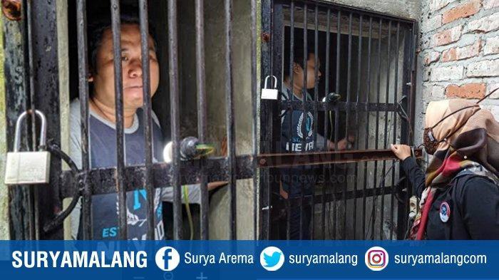 Dinsos HERAN, Hengky Tampak Normal Tapi Divonis Gila & Dipenjara 1 tahun di Rumahnya Oleh Warga Desa