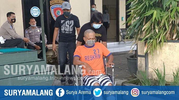 Setelah Kencing, Sopir Taksi Online Dibunuh Penumpang di Kediri