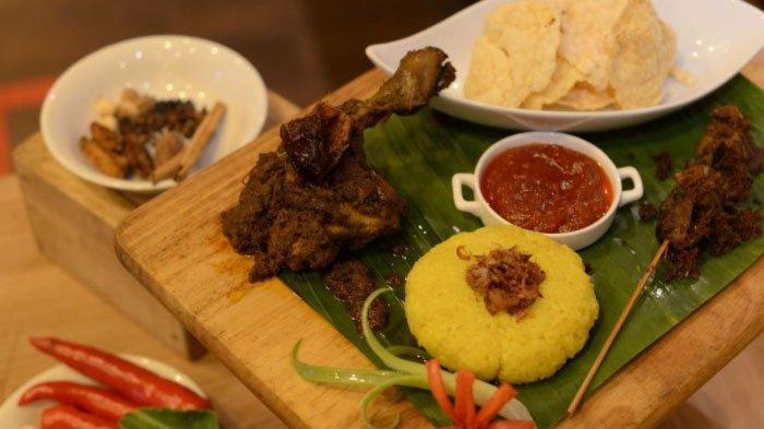 Cara Membuat Nasi Rendang Ayam Kurma Khas Hotel Santika Pandegiling Surabaya