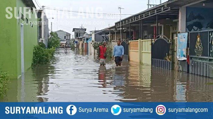 Banjir Rendam Rumah di 2 Desa, Ratusan Warga Kabupaten Kediri Mengungsi