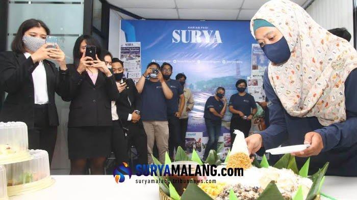 Berlangsung secara Sederhana, Segenap Karyawan Rayakan HUT Harian SURYA ke-31 di Kantor Biro Malang