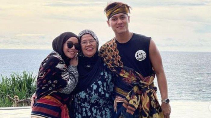 Curhat Ibunda Rizky Billar Saat Acara Ngunduh Mantu Batal di Medan, Mertua Lesti Kejora Jengkel