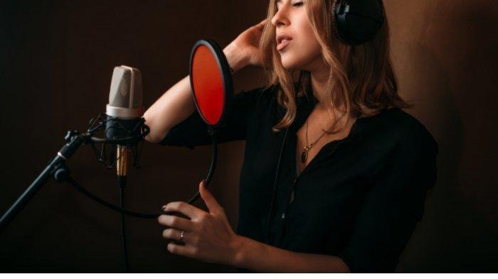 Lirik Lagu Know Me Too Well dan Terjemahannya, Danna Paola feat New Hope Club