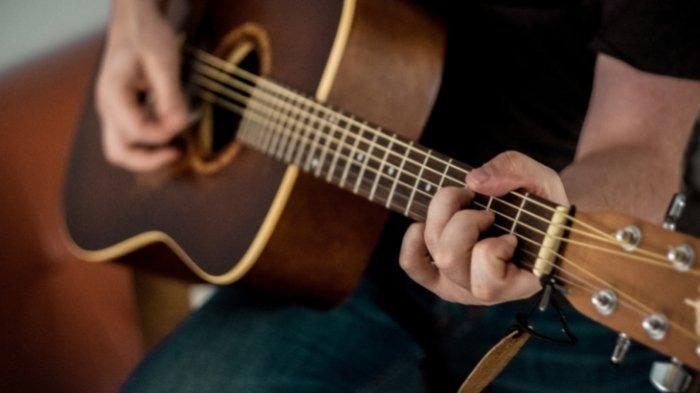 Lirik Lagu Sai Horas Ma Ho dan Chord Gitarnya, Tembang Batak Populer - Hendro Sinambela