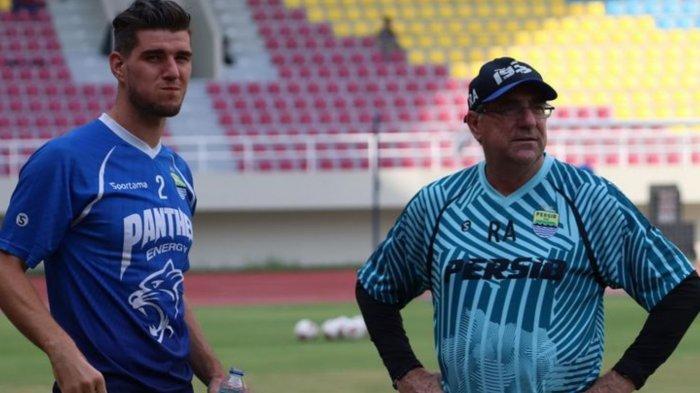 ILUSTRASI - Pelatih Persib Bandung, Robert Rene Alberts dan Nick Kuipers