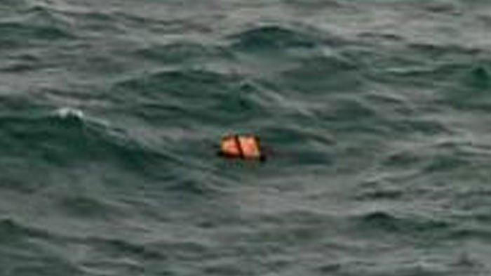 Petugas Belum Temukan 2 Wisatawan yang Terseret Ombak di Pantai Bajulmati, Kabupaten Malang