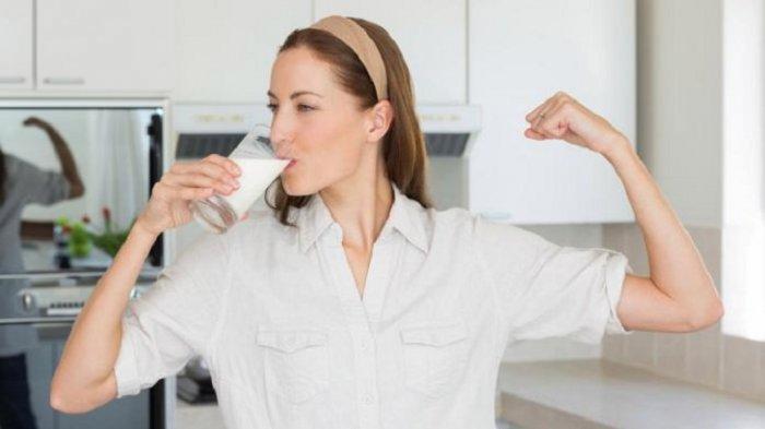 Anda Suka Minum Susu Tapi Takut Gemuk? Berikut Tips Sehat Minum Susu saat Anda Menjalankan Diet