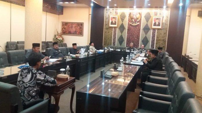 Ketua Fraksi Gerindra Usulkan Gedung DPRD Jatim Jadi RS Darurat Penanganan Pasien Corona