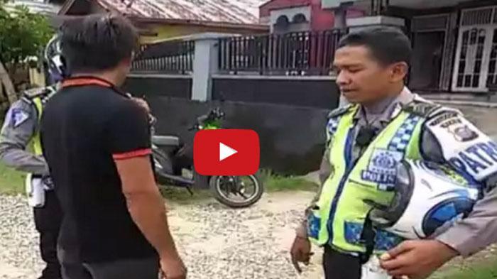 VIDEO : Pengendara ini Minta Polisi Menembaknya usai Ditilang, Akibatnya. . .