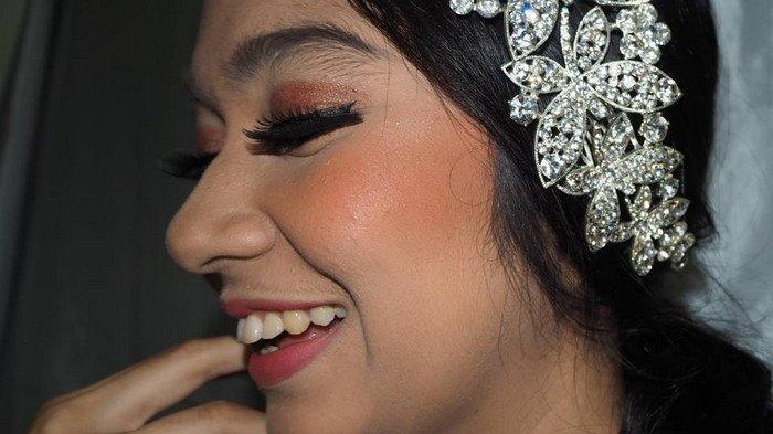 Inspirasi Playful Vs Glamour Make Up untuk Hari Valentine dari MUA Grace Dei