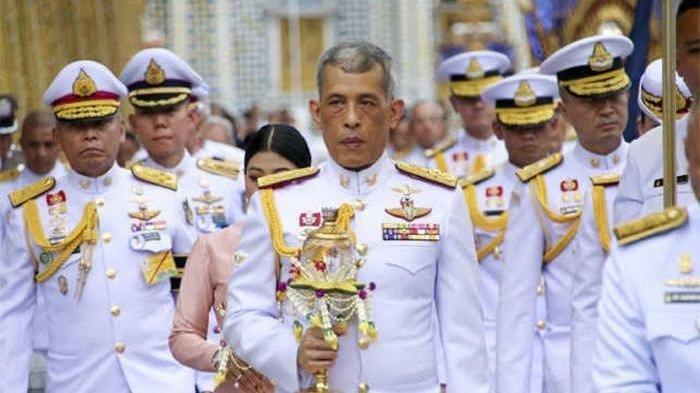 Intip Kekayaan Raja Thailand Terkaya di Dunia, Diprotes Rakyat Karena Liburan Bareng Ratu & Selirnya