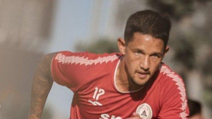 Arema FC, Persib Bandung Atau Persis Solo? Ke Mana Irfan Bachdim Menentukan Pilihannya