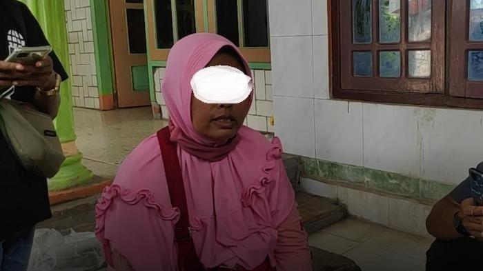 Isi Handphone Roby Hartoyo Alias Abu Umar Terduga Teroris di Tuban Susah Dipantau Istri, Terkunci!