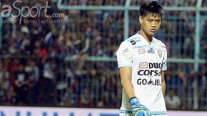 Jadi Kiper Legendaris Arema FC, Kurnia Meiga Ingin Hidupkan Mendiang Ayah dan Kakaknya