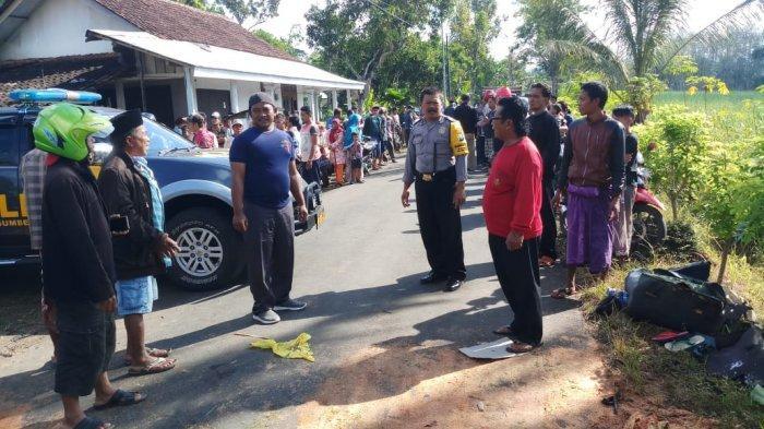 Adu Banteng Dua Sepeda Motor di Jalan Desa, Empat Orang Pengendara Motor Tewas Sekaligus di Jember