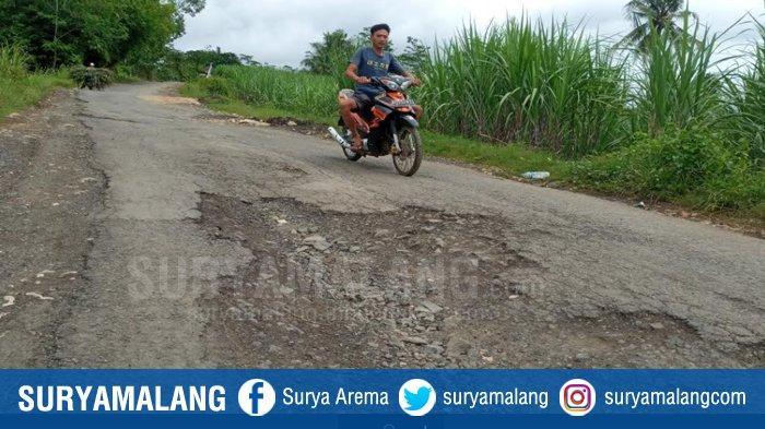 Jalan Menuju Pantai Malang Selatan Rusak Akibat Pembangunan JLS, Perbaikan Masih Lama