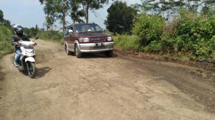 DPRD Kabupaten Malang Soroti Jalan Rusak di Malang Selatan