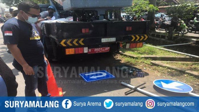 Jalan Raya Sawojajar Jadi Satu Arah, Dishub Kota Malang Sosialisasi dan Pasang Rambu Lalu Lintas