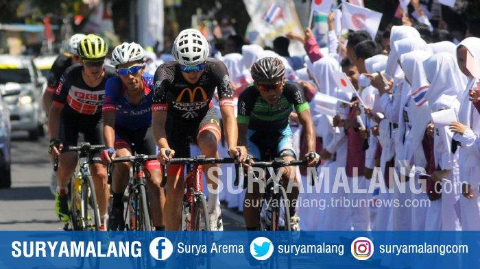 Arek Malang Hentikan Dominasi Pembalap Asing di International Tour de Banyuwangi Ijen 2018