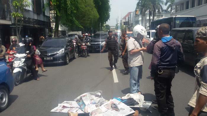 Ini dia Cowok Pemberani yang Buat Jambret Jl Tunjungan Terjatuh