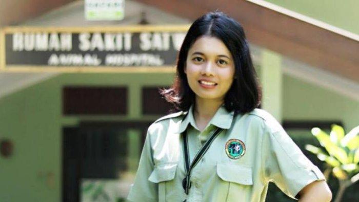 Cerita Gadis Cantik Perawat Satwa Bernama Jane Karindhu Unique Khatanjang Tumiwang