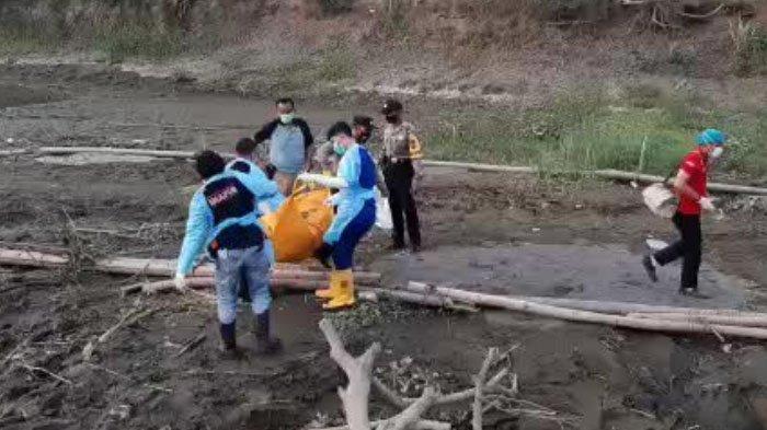 Jasad Perempuan Tanpa Busana Mengapung di Sungai Brantas, Tulungagung