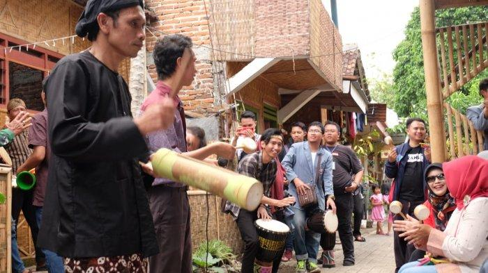 Festival Panawijen Djaman Bijen di Kota Malang Hebohkan Pengunjung