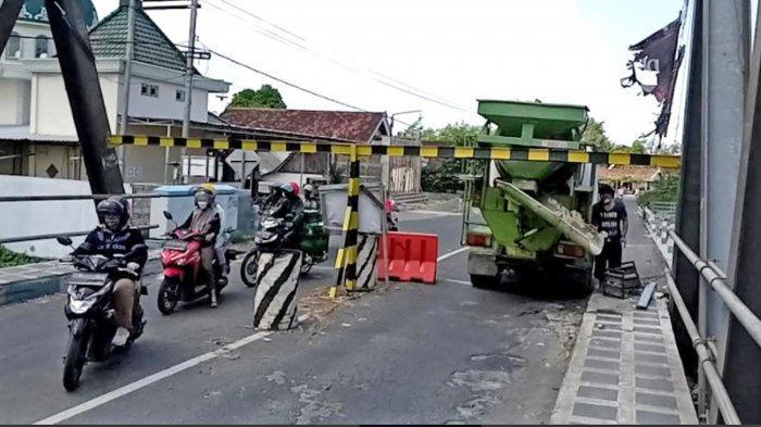 Besok Jembatan Karangrejo Tulungagung Ditutup Total untuk Perbaikan Selama 3 Bulan