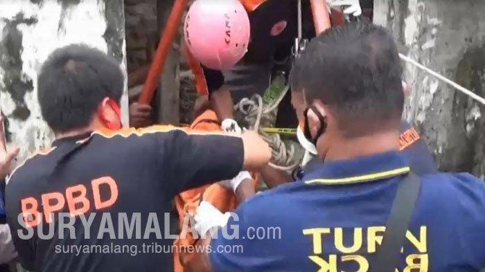 Temukan Tongkat Tergeletak, Warga Magetan Kaget Lihat Mayat Nenek 80 Tahun di Sumur Sedalam 20 Meter
