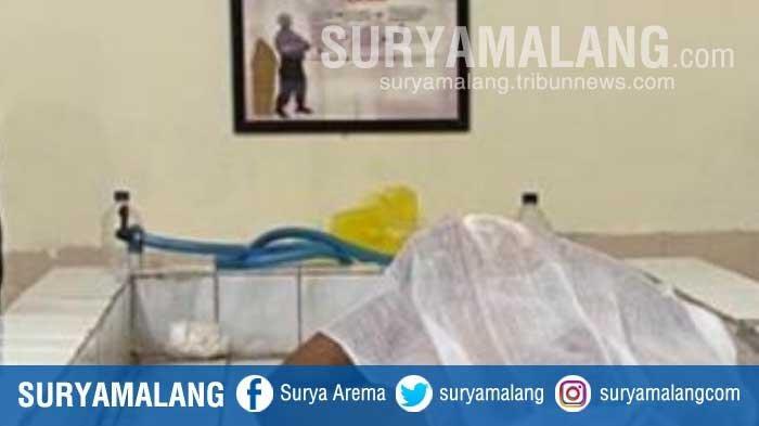 10 Tahun Tinggal Sendirian, Pria 57 Tahun Tewas Membusuk di Rumahnya di Jember