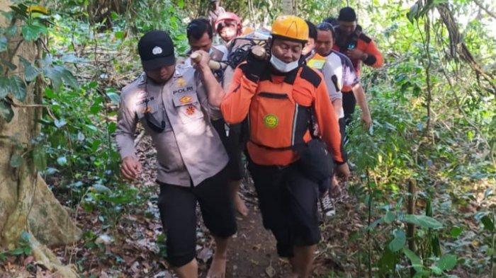 Wisatawan Asal Gresik Tewas Terhempas Ombak di Pantai Banyu Meneng, Kabupaten Malang