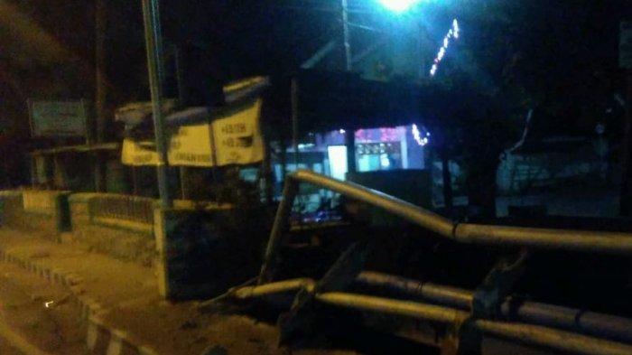 Sopir Avanza Janji Perbaiki Pagar Jembatan Jalan Veteran, Kota Kediri