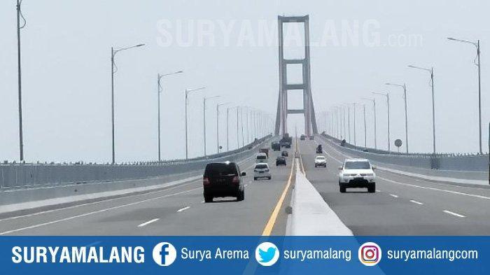 Pencuri Honda Scoopy Menceburkan Diri ke Bawah Jembatan Suramadu