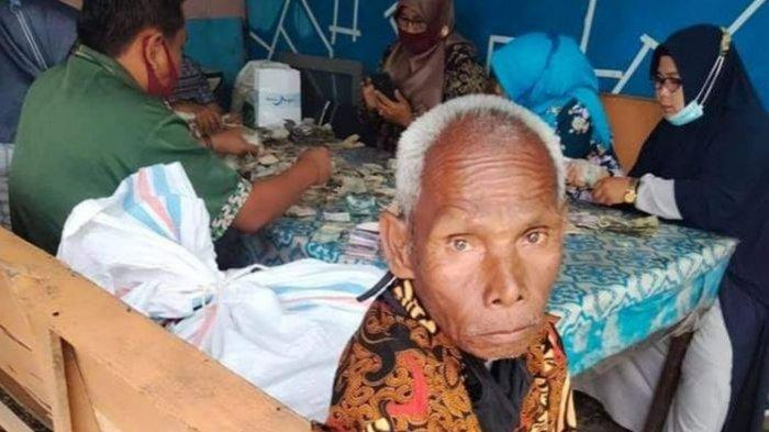 Kerja Mencuci Piring, Kakek Payutri Menabung Uangnya dalam Karung, Jumlahnya Bikin Heboh dan Viral