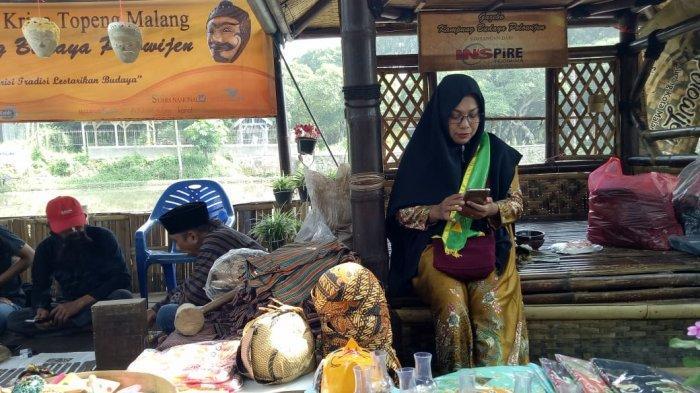 Pasar Jajan Tradisional Kampung Budaya Polowijen Mampu Dongkrak Ekonomi Kreatif